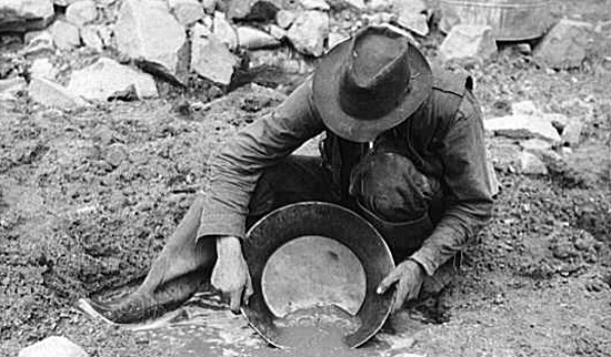 panning for gold in the gold rush - photo #11