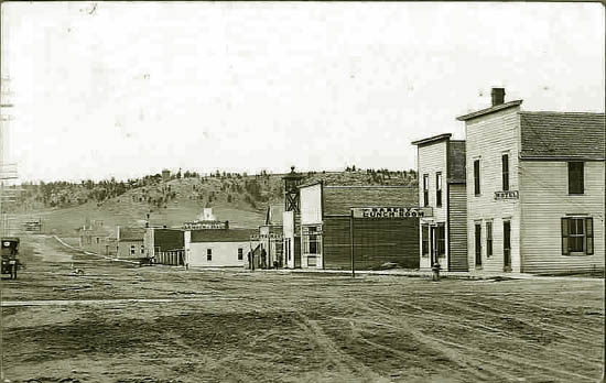 Pine Bluffs Looking South 1914