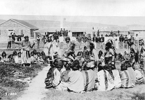 ... SD ) and Short Bull (Sicangu Lakota, Rosebud Agency , SD ) made a pilgrimage to Fort Washakie to hear about the Ghost Dance for them selves.
