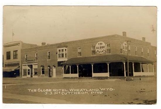 Globe Hotel Intersection Of Gilchrist Ave And 9th Street 1915